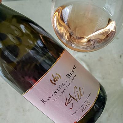 Raventos Blanc Wine